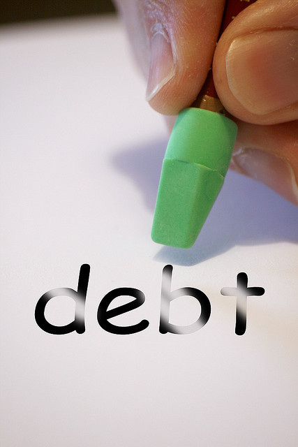 6 Reasons to Start Paying off Debt NOW